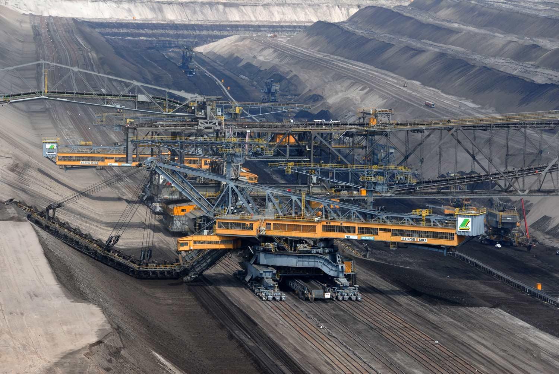 Abraumförderung    - Vattenfall Europe Mining AG