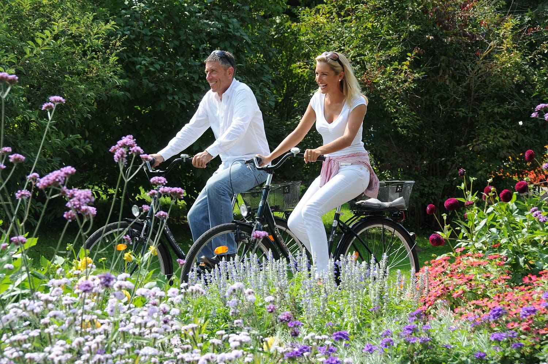 Fahrradfahren im Kurpark - Bad Füssing