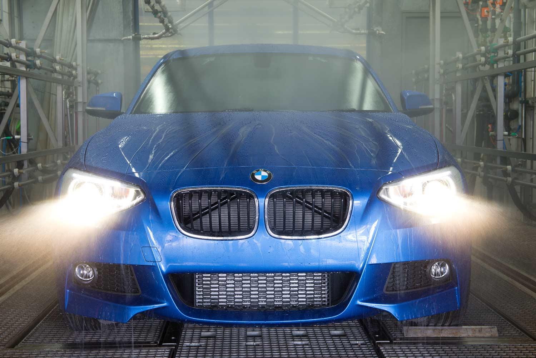 BMW M3 - Dichtheitsprobe - BMW Group Werk Regensburg