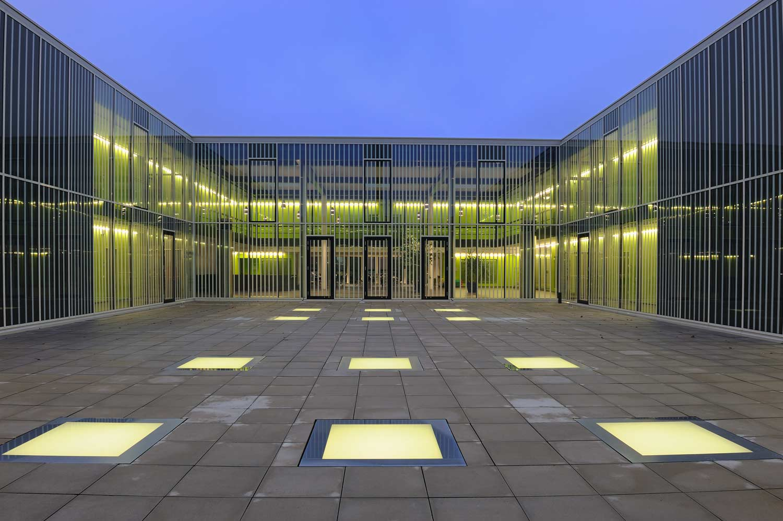 Innenhof Maschinenbauschule Ansbach