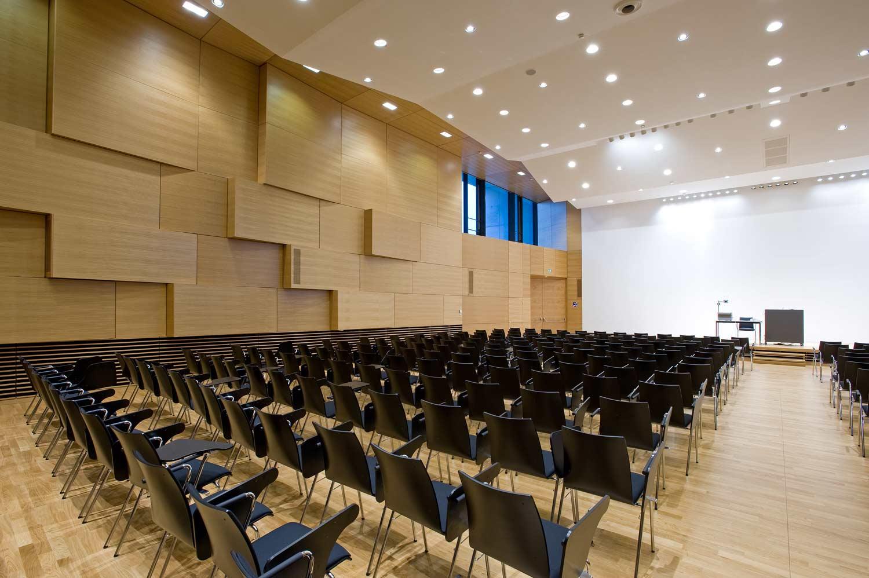 Vielberth-Gebäude Hörsaal  Universität Regensburg
