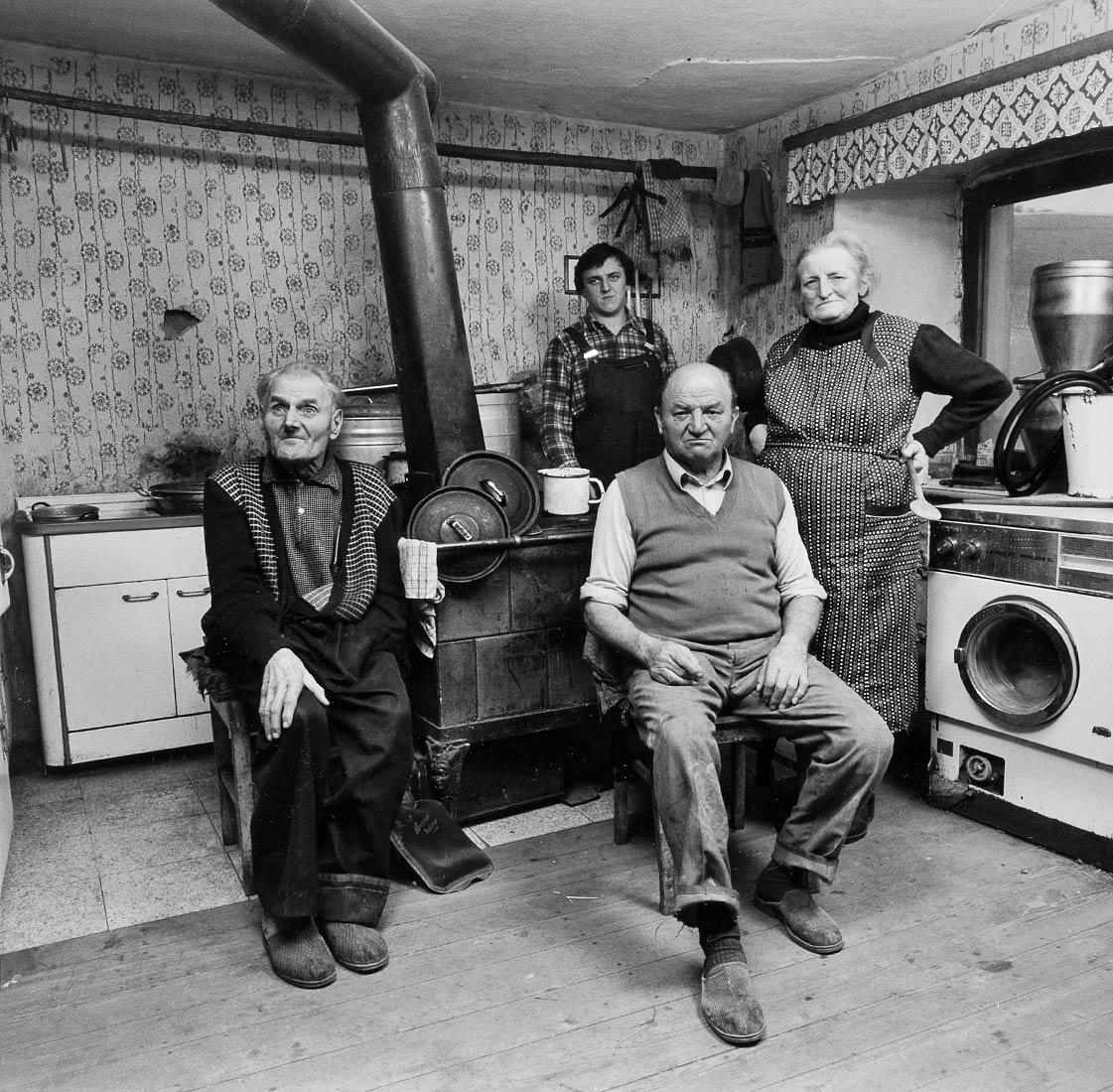 Bauernfamilie in einer Einöde - Weinting bei Nittenau 1985