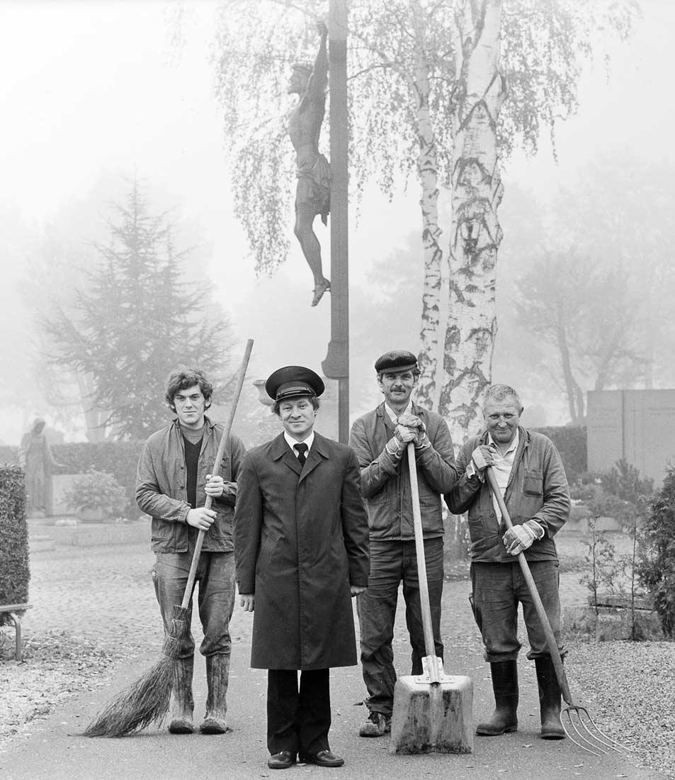 Friedhofsarbeiter und Verwalter des Oberen Katholischen Friedhofs - Regensburg 1984