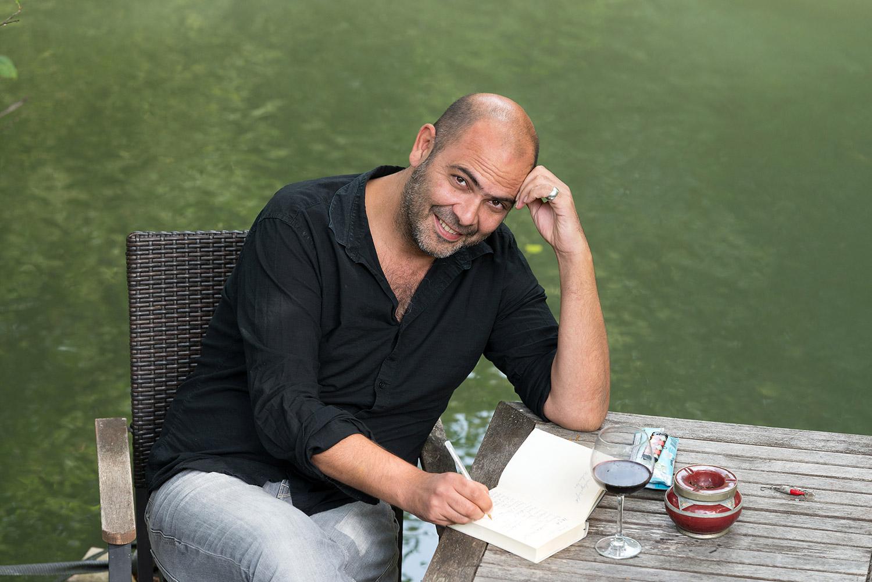 Hannes Ringlstetter - Kabarettist, Komiker, Musiker, Schauspieler, TV-Moderator und Buchautor