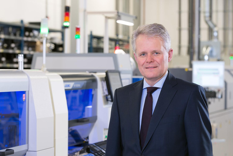 Thomas Hanauer - Geschäftsführer / CEO - emz-Hanauer GmbH & Co. KGaA