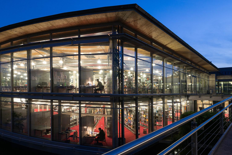 Zentralbibliothek - OTH Regensburg